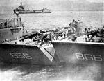 LCMs leave USS Belle Grove (LSD-2) in 1965.jpg