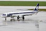 LOT, SP-LNA, Embraer ERJ-195LR (33011484953) (2).jpg