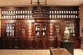 La pharmacie des Jésuites, au musée Paul Dupuy - panoramio.jpg