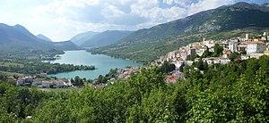 Barrea - Image: Lago di Barrea 1