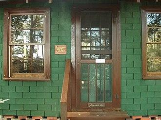 Meher Spiritual Center - Image: Lagoon Cabin, front entrance, Meher Spiritual Center
