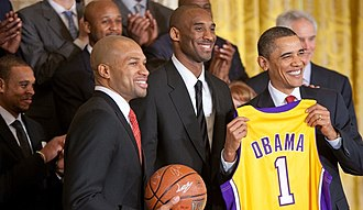 Derek Fisher - Fisher (left), Kobe Bryant (center) with President Barack Obama (right) on January 25, 2010.