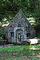 Lampaul-Guimiliau - Fontaine Sainte-Anasthasie - 018.jpg