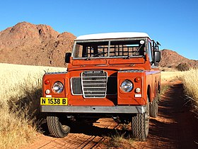 Land Rover Tiras Mountains Namibia (2009).jpg