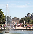 Large round basin of Jardin des Tuileries, Paris 2 August 2015 002.jpg
