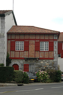 Maison basque wikip dia - Maison volet rouge basque ...