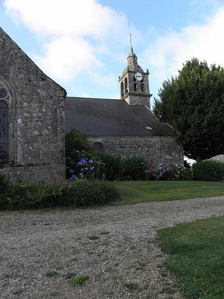 Église Saint-Samuel, commune du Saint (56). Vue septentrionale.