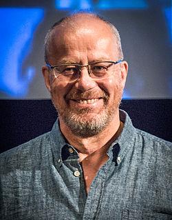 Lennart Jähkel under præsentationen af filmen Så også på jorden i Filmhuset i Stockholm 2015.