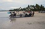 Les pecheurs de la plage de Trincomalee (1).jpg
