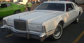 Lincoln Continental Mark IV (A&W St. Leonard).jpg