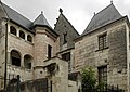 Loches (Indre-et-Loire) (34623925300).jpg