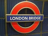 London Bridge tube stn Jubilee roundel.JPG