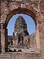 Lopburi - Phra Prang Sam Yod 02.jpg