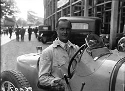 Louis Chiron at the 1931 French Grand Prix (2).jpg