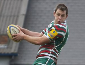 Louis Deacon - Image: Louis Deacon line out 2 (cropped)