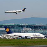 Lufthansa, Airbus A380-841, D-AIMB (14236748882).jpg