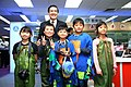 Ma Ying-jeou and Chengfu Elementary School students 20151128.jpg