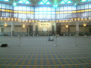 Islam and Mormonism - Interior of the national mosque of Malaysia. Neither Mormons nor Muslims permit drawings or photos inside their places of worship; the Mormons do allow some in the hallways and elsewhere outside of their chapels.