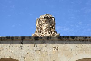 Porte des Bombes - Coat of arms of Ramon Perellos y Roccaful on the gate