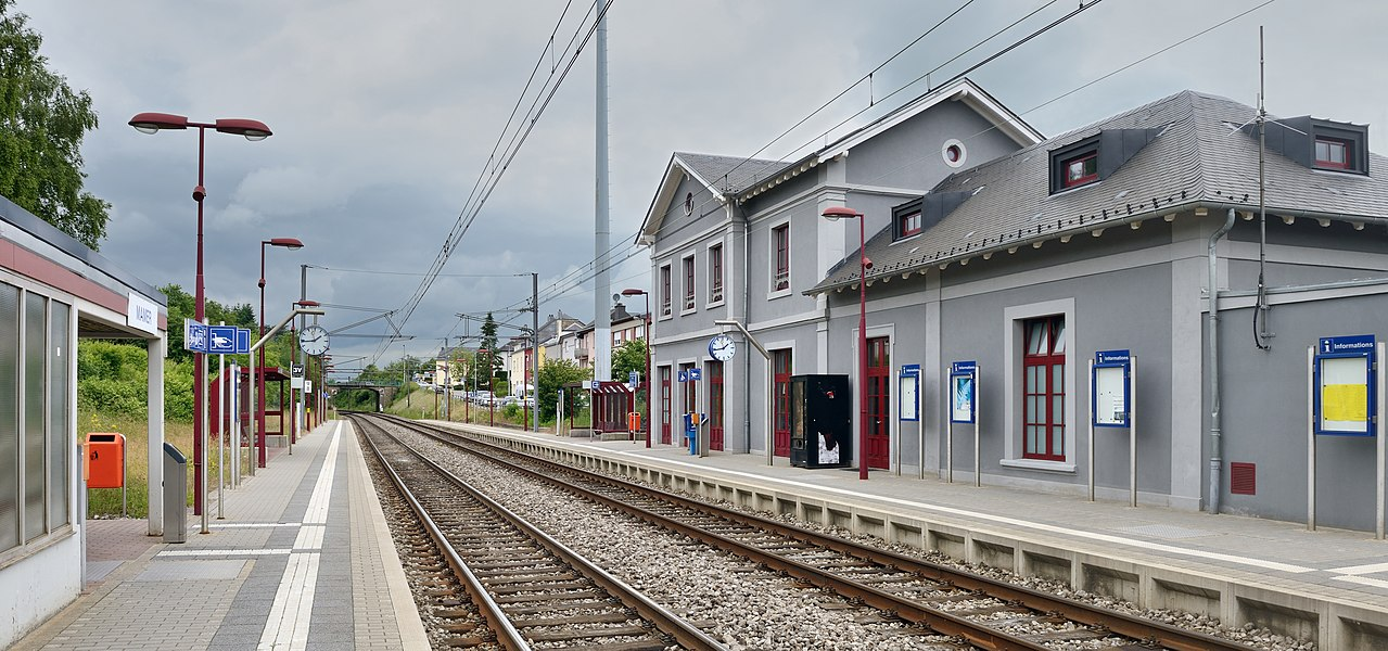 Railway station at Mamer, looking towards Capellen.