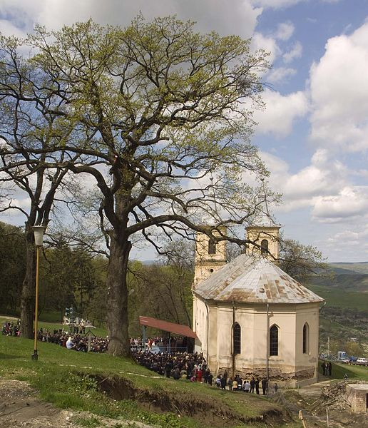 Fișier:Manastirea Nicula.biserica veche.jpg