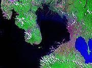 Satellitenaufnahme der Manilabucht