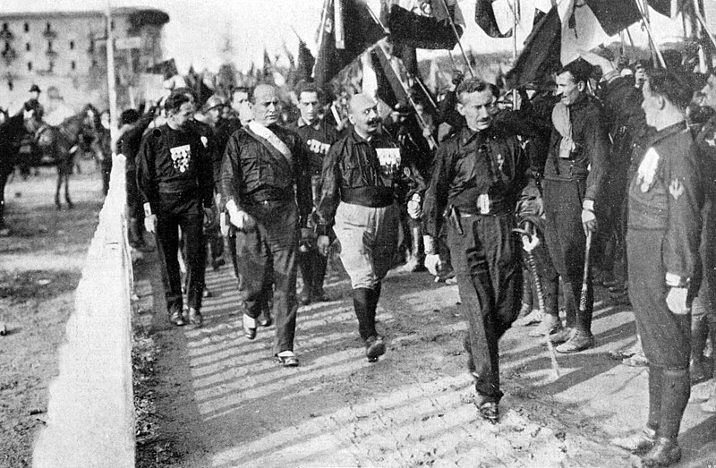 File:March on Rome 1922 - Mussolini.jpg