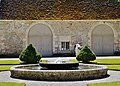 Marmagne Abtei Fontenay Brunnen 3.jpg