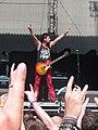 Masters of Rock 2010, Visací zámek, Michal Pixa během rozcvičky.jpg