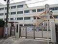 Matsubara City Chuo elementary school.jpg