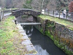 Écluse de McLeave, canal de Lagan - geograph.org.uk - 1087673.jpg