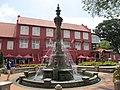 Melaka C - Stadthuis and fountain.jpg