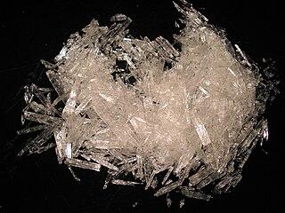 Menthol chemical compound
