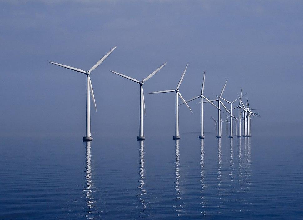 Middelgrunden wind farm 2009-07-01 edit filtered
