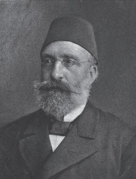 Midhat Pasha menjadi musuh dalam selimut kepada Khalifah Abdul Hameed II