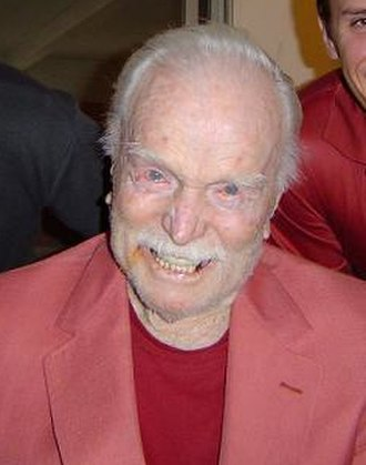 Mike Austin (golfer) - Austin at his home in 2003 at age 93