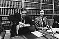 Minister Van Aardenne (Economische Zaken) (l) en Arie van der Hek (PvdA)tijdens , Bestanddeelnr 932-4601.jpg