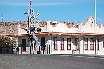 Mission Style ATSF-BNSF-Santa Fe Train Station Kingman-AZ 2012-01-25.JPG