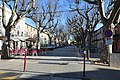 Montagnac esplanade des platanes.JPG
