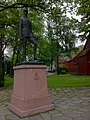 Monument to King Haakon 7 of Norway in Trondheim (2).jpg