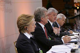 Adam Daniel Rotfeld - Adam Daniel Rotfeld with U.S. Senator Hillary Clinton and German Minister of Foreign Affairs Joschka Fischer