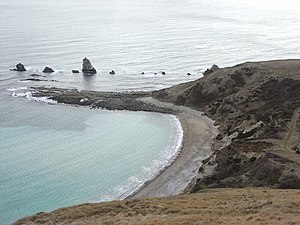 Mupe Bay - Mupe Beach, Mupe Ledges, and Mupe Rocks