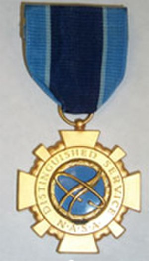 Richard H. Truly - Image: NASA Distinguished Service Medal