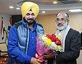 Navjot Singh Sidhu meeting Alphons Kannanthanam.jpg