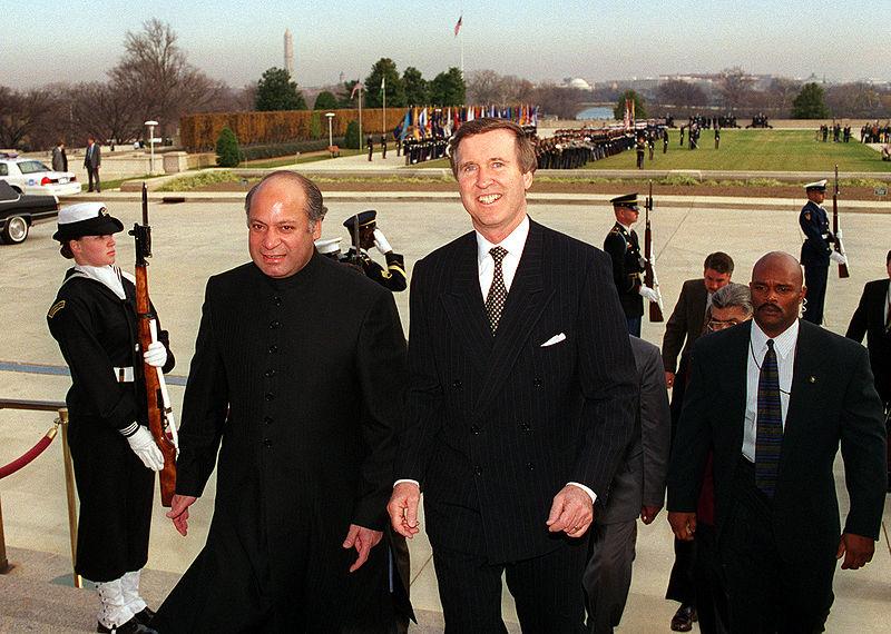 Nawaz Sharif with William Cohen, 981203-D-9880W-117.jpg