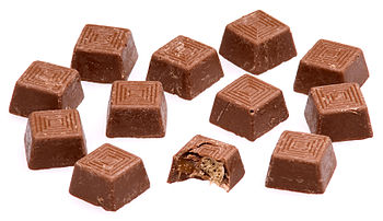 English: An array of Nestle Munchies candies.