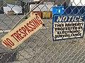 No trespassing (40443366332).jpg