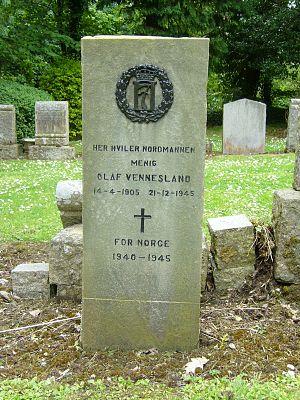 Colinton - Grave of Olaf Vennesland, Colinton Kirkyard