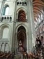 Noyon (60), cathédrale Notre-Dame, croisillon sud, 1ère travée, vue vers l'ouest.jpg