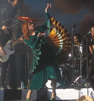 Do You Want the Truth or Something Beautiful? - Image: Paloma Faith at Lovebox